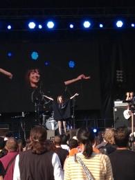Moumoon_live_tck_paris