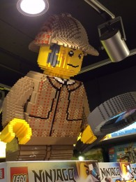 LEGO_sherlock_london_01
