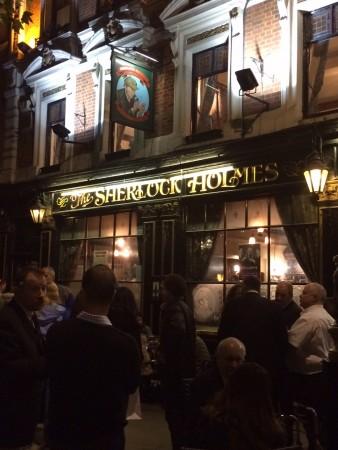 pub_sherlock_holmes_londres_2015 (1)