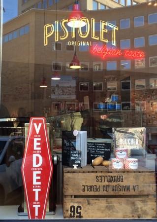 Vedett_et_pistolet_belgique