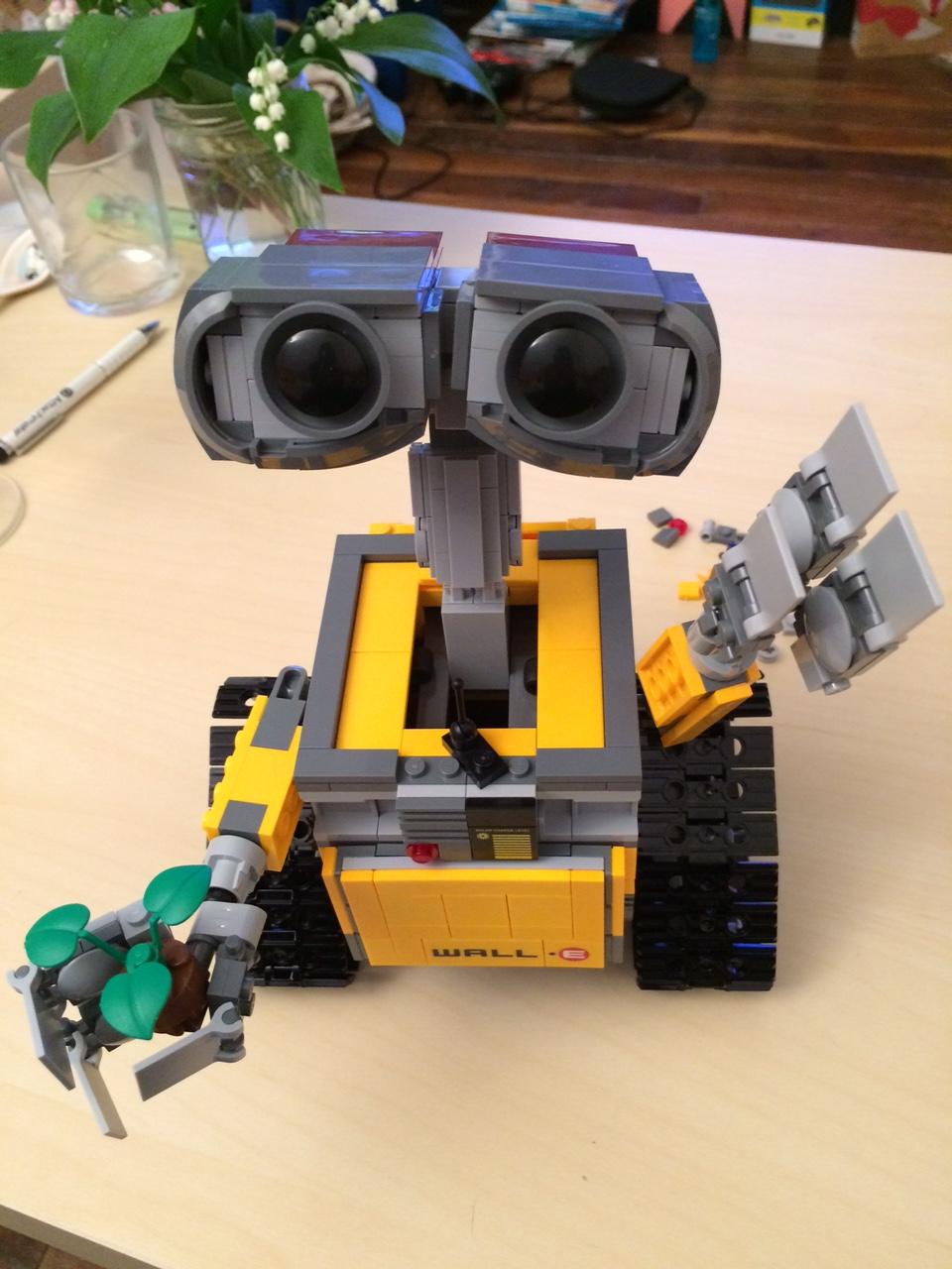 WALL-E_lego_montage_mai_2016 (11)