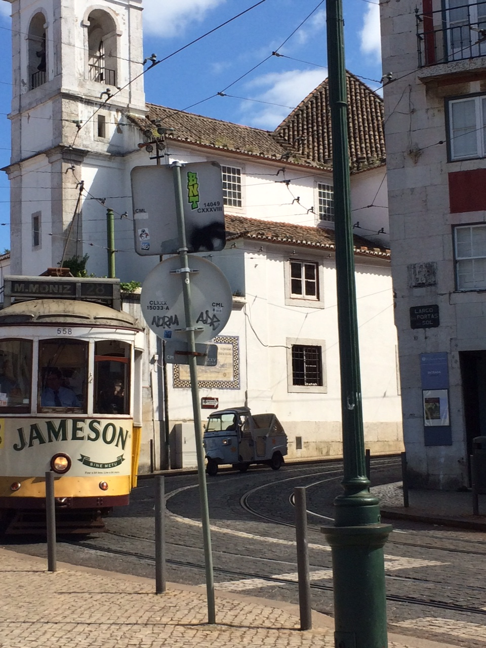 Lisbonne_juin_2016_sironimo_tram_01